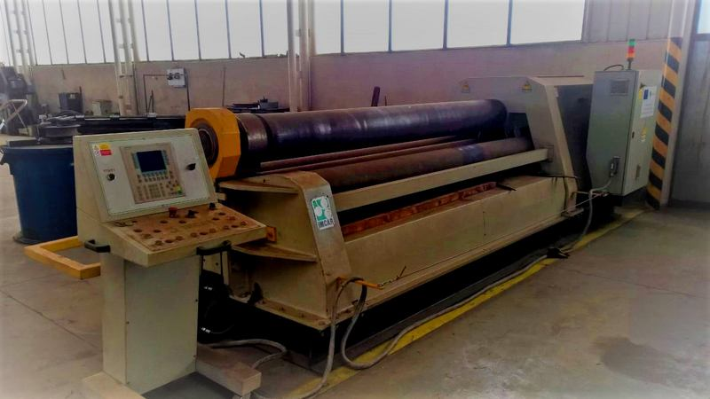 Four-roll plate bending machine